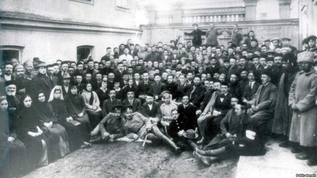 Круглий стіл: 100-річчя відновлення діяльності першого Курултаю